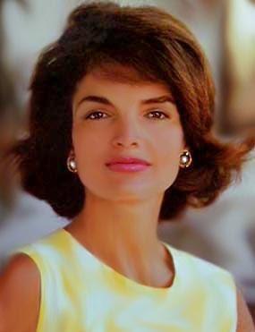 Жаклин Кеннеди-Онассис — Леди мира